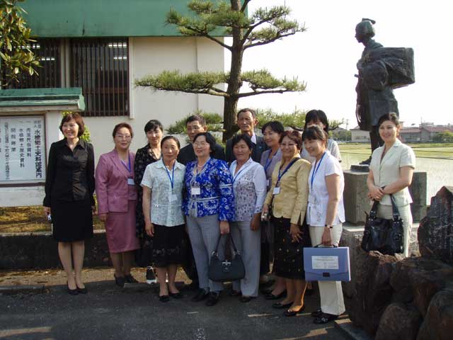 モンゴル医師研修団の配置薬実施研修 2008/5/21